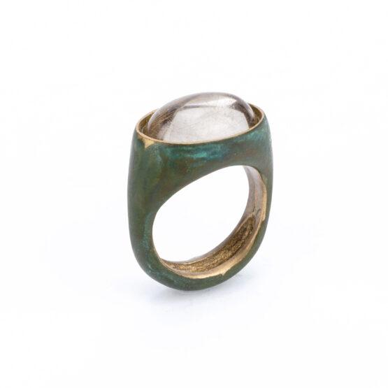 artest milano anello bronzo acidato ovale chevalier cristallo di rocca cabochon