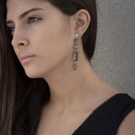OR20-018-artest-milano-orecchini-pendenti-argento-925-dorato-biondo-pietre-dure-trasparenti-quarzo-grigio